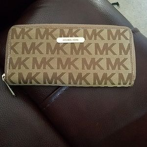 Authentic Michael Kors zippered wallet